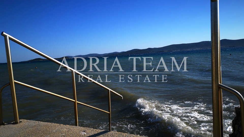 APARTMENT HOUSE + CAMP , FIRST ROW TO THE SEA! SV. PETAR