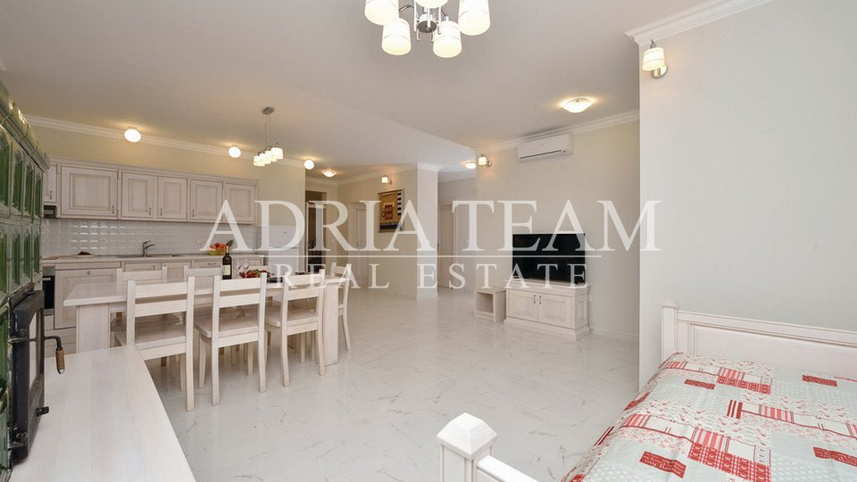 House, 350 m2, For Sale, Pag - Košljun