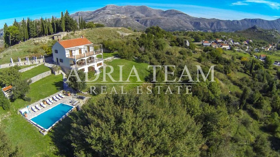 LUXURY VILLA WITH SEA VIEWS CLOSE TO DUBROVNIK