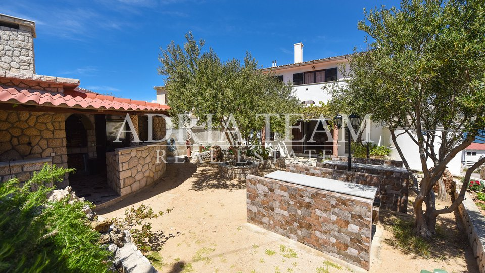 House, 500 m2, For Sale, Pag