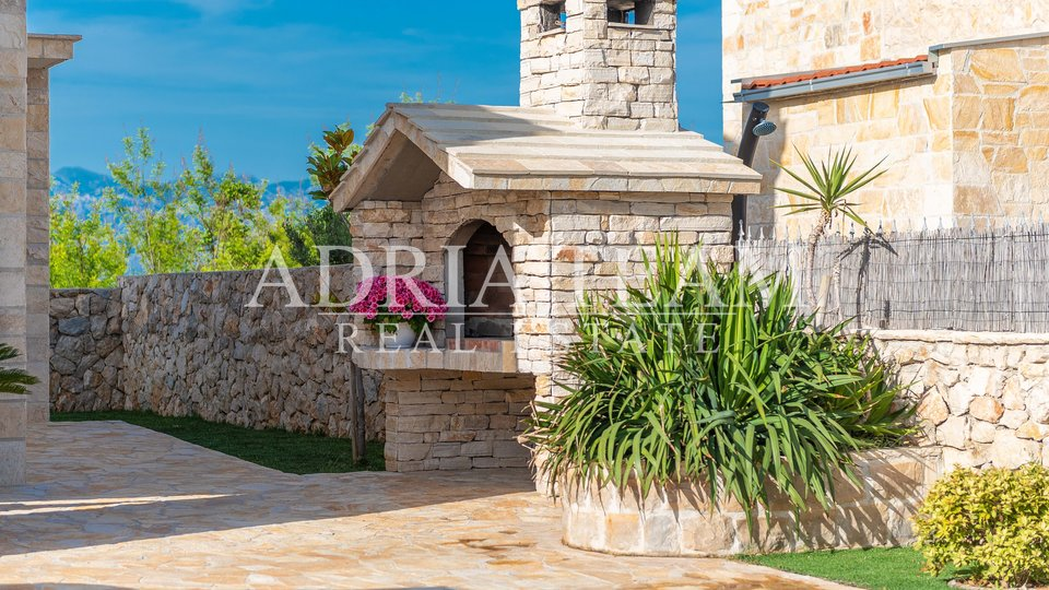 BEAUTIFUL STONE DALMATIA VILLA WITH SEA VIEW!